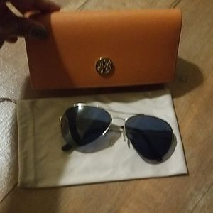 TORY BURCH SUNGLASSES WITH CASES👓